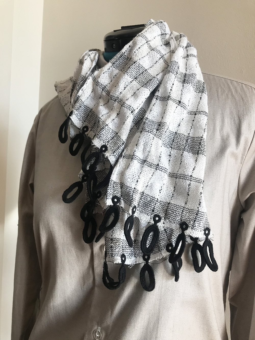 Embroidered Tassels Scarf