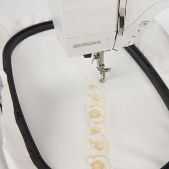 Extra-large embroidery area for large designs