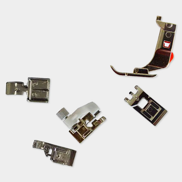 5 presser feet included