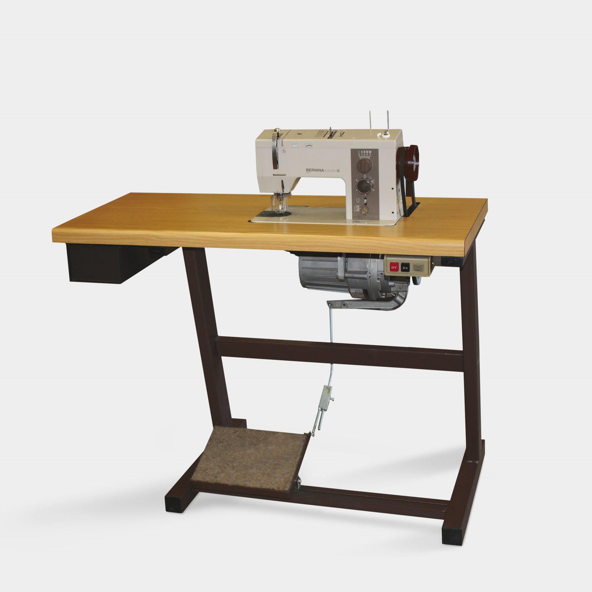 bernina 950 industrial une machine coudre m canique. Black Bedroom Furniture Sets. Home Design Ideas