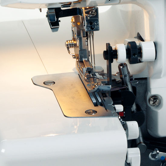 Professional knife drive from above