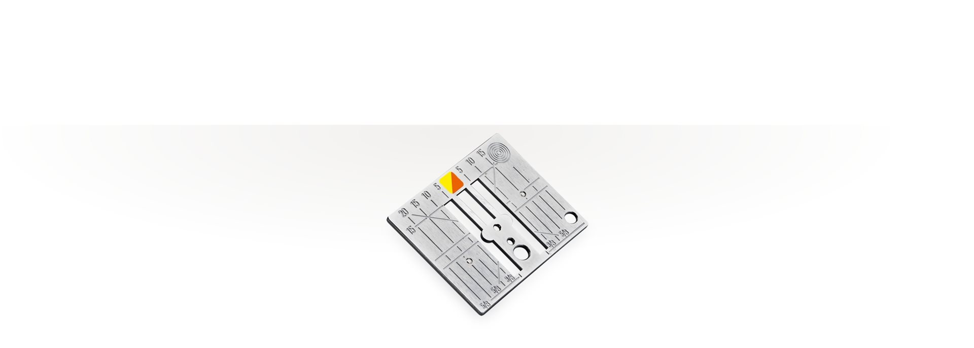 Picture: CutWork / straight stitch needle plate