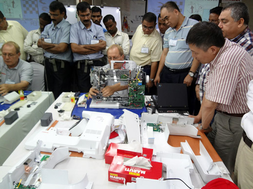 Picture: BERNINA India dealer product and technical training seminar  2/37