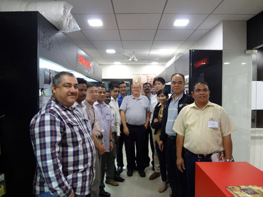 Picture: BERNINA India dealer product and technical training seminar  7/37
