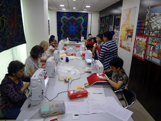 Picture: BERNINA Event 2014 and Quilting Workshops with Keiko Ike  38/59