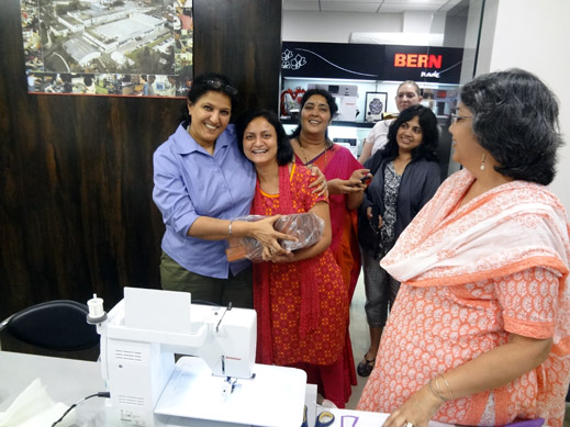 Picture: BERNINA workshop with Paramjeet Bawa at the BERNINA Creative Center  14/24
