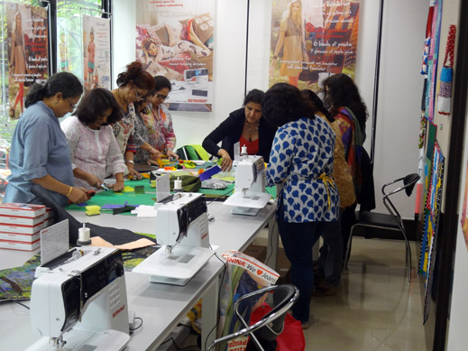 Picture: BERNINA workshop with Paramjeet Bawa at the BERNINA Creative Center  15/24