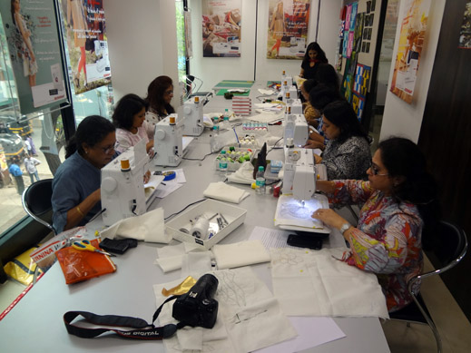 Picture: BERNINA workshop with Paramjeet Bawa at the BERNINA Creative Center  19/24