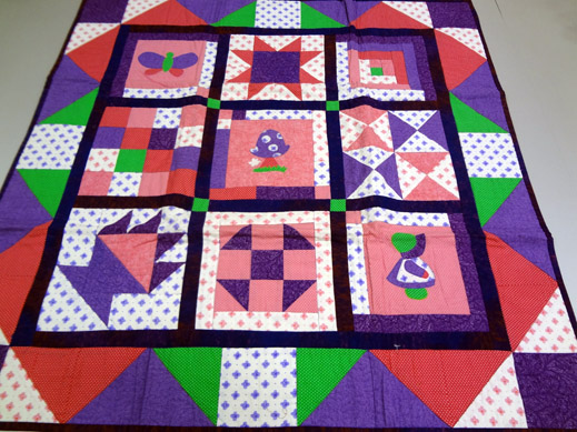 Picture: Get Creative ! Join the NEW patchwork,quilting and embroidery courses and workshops at the BERNINA C  12/139