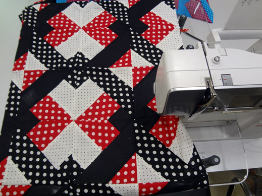 Picture: Get Creative ! Join the NEW patchwork,quilting and embroidery courses and workshops at the BERNINA C  71/139